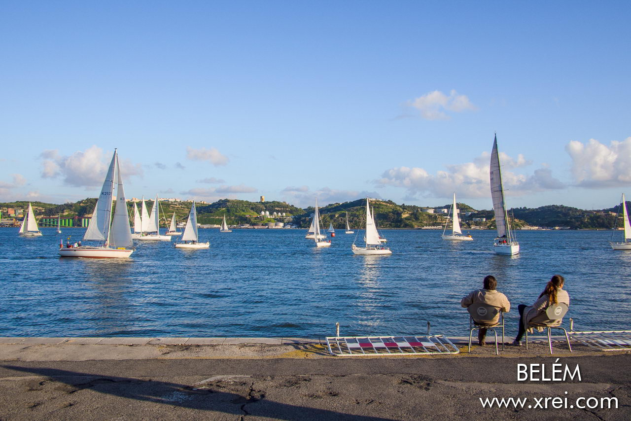 Belém is a place of marinas and sailors, with restaurants facing the river and a constant activity of sailing ...