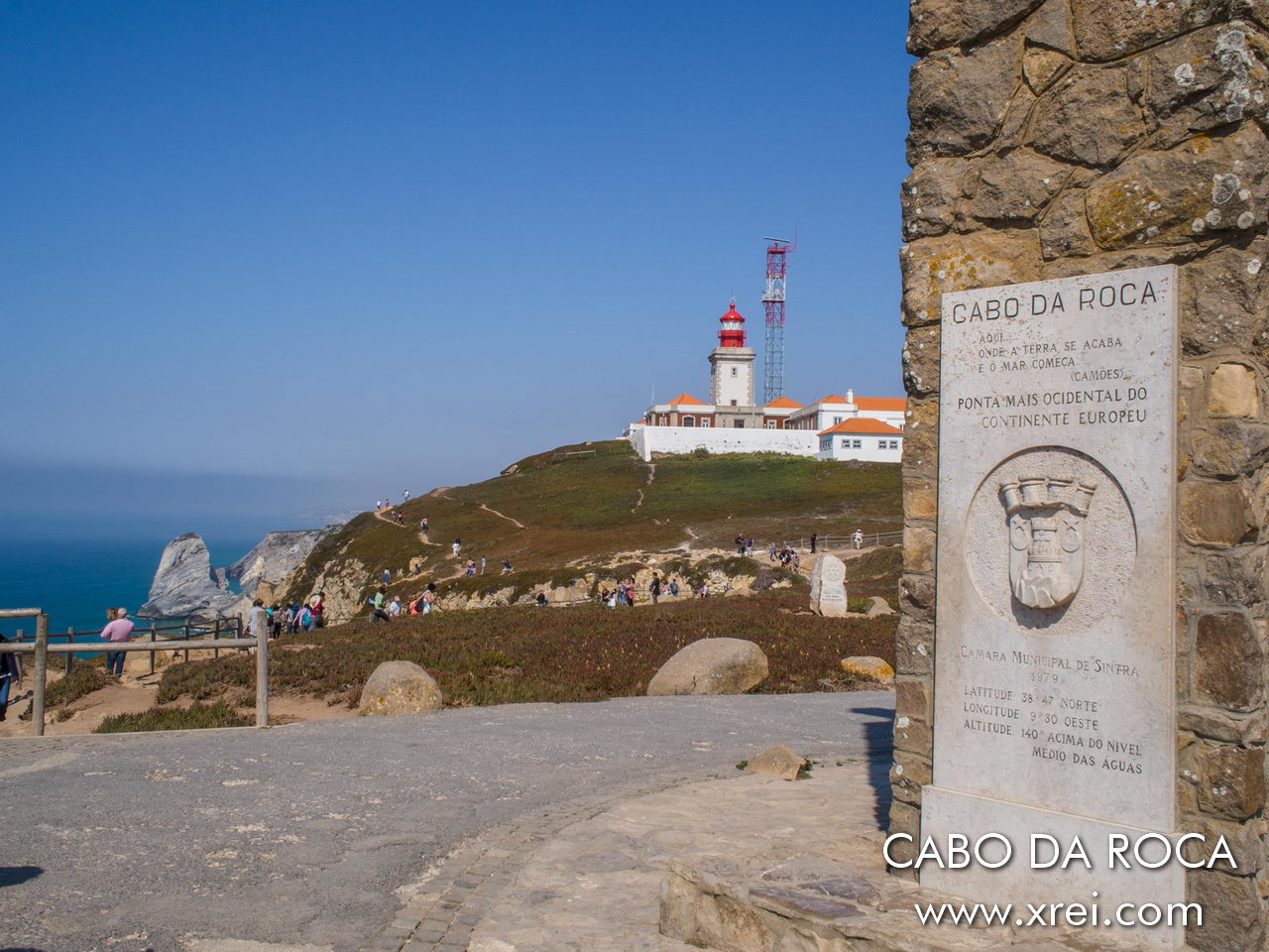 Cabo da Roca is the most westerly point in Europe, being also called Cabo da Ofiussa, Cabo da Serpente or Promontório da Lua. It is a place of great energy, with a fantastic view over the ocean and the force of the sea that hits the cliffs .