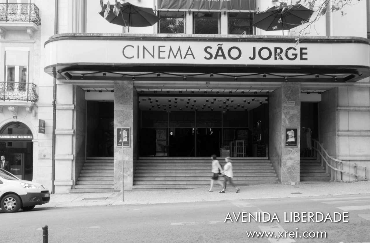 Cinema de São Jorge is an emblematic cinema in Lisbon since its opening in 1950. Currently it is in the process of being classified as a Property of Public Interest by IPPAR