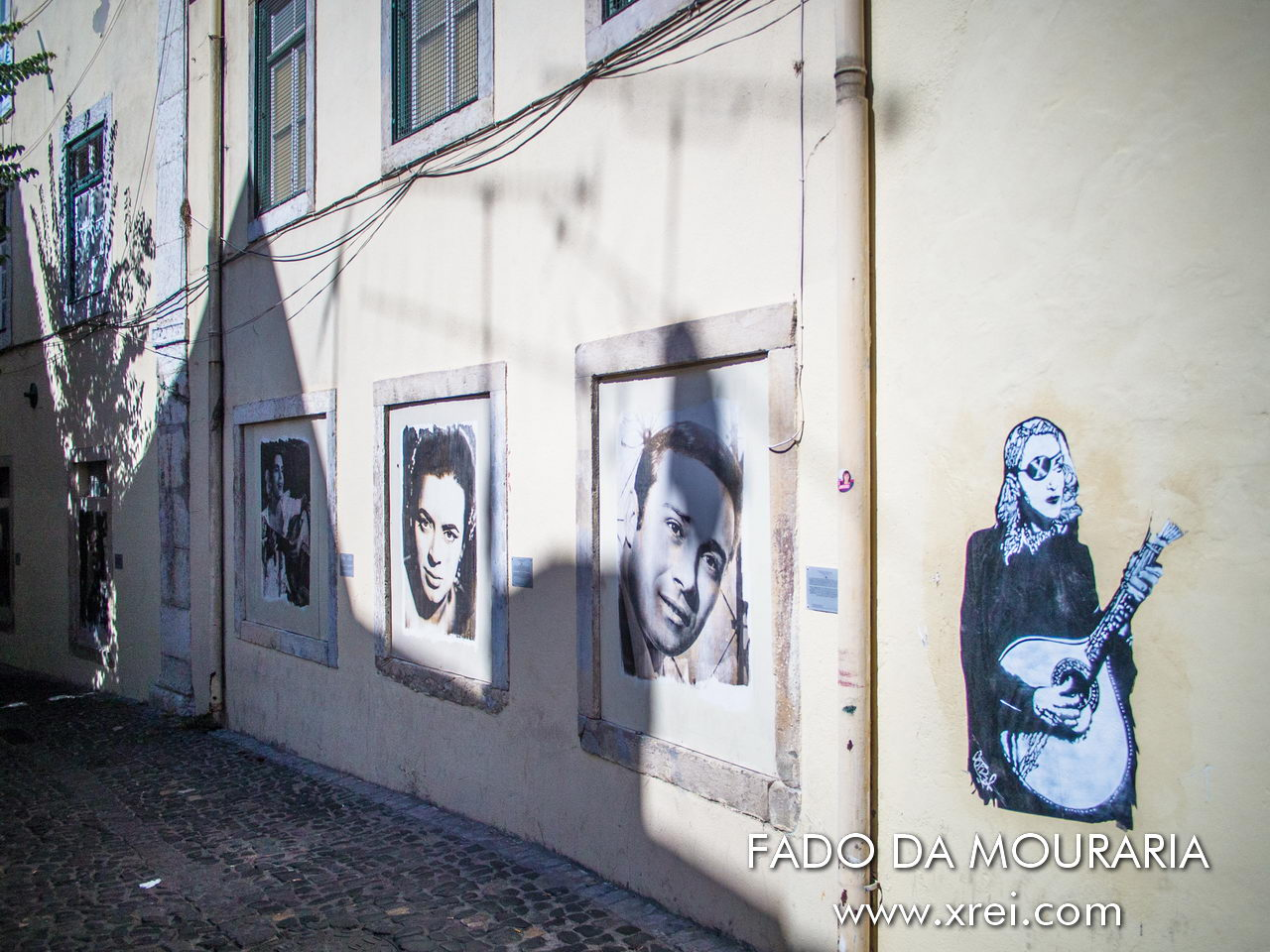 Mouraria is synonymous with Fado, it was here that some of the great characters related to the origin of Fado in Portugal lived, namely Maria Severa, the first famous fado singer, Fernando Maurício, the king of Mado fado, and many others