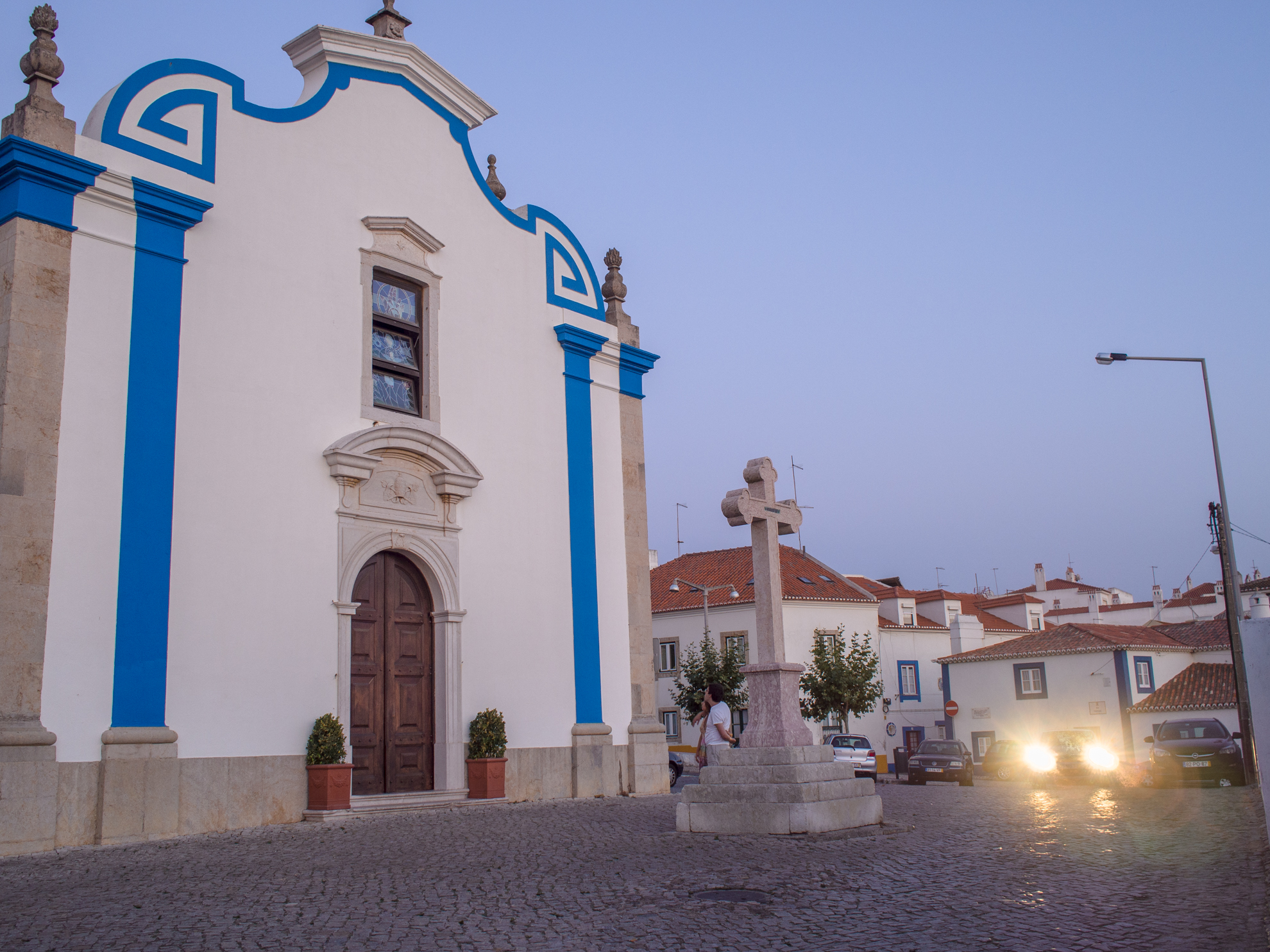 Church of Santa Marta and Nossa Senhora das Necessidades was built in 1760 in a place where there is previously an old chapel dating from 1484. The chapel of Santa Marta was the seat of the brotherhood of unmarried girls and an old place of celebrations in honor of Nossa Senhora das Necessidades