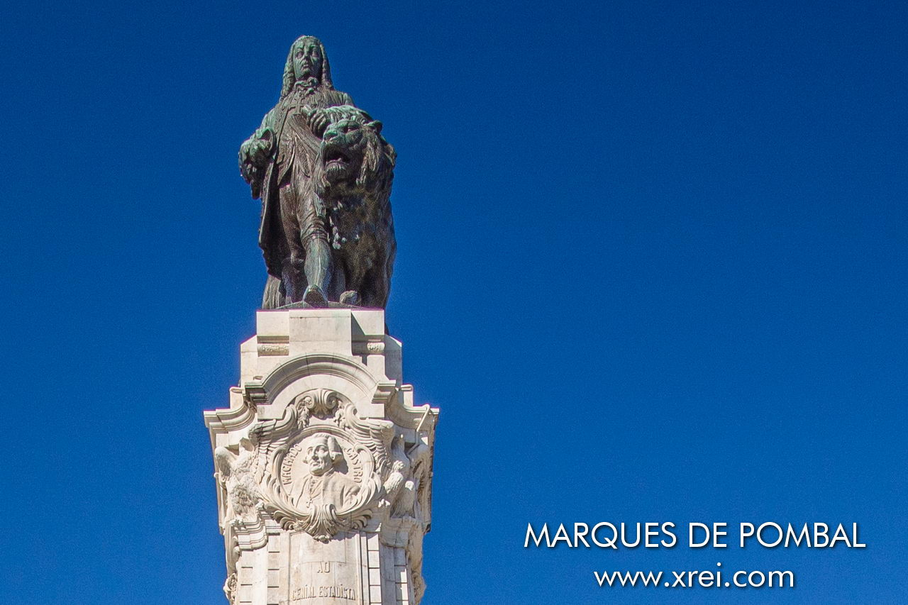Bronze statue of Marques de Pombal accompanied by the lion symbol of power, strength, and determination of royalty