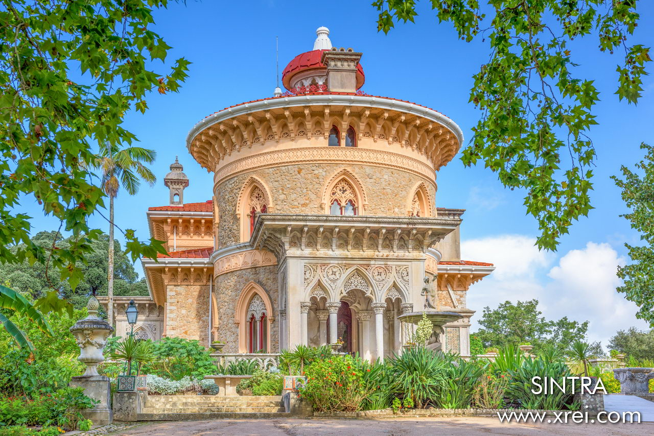 The construction of the current Monserrate palace was started in 1858 by order of the new owner Francis Cook with a project by the architect James Thomas Knowles on the site where in 1540 a chapel dedicated to Our Lady of Monserrate was built.
