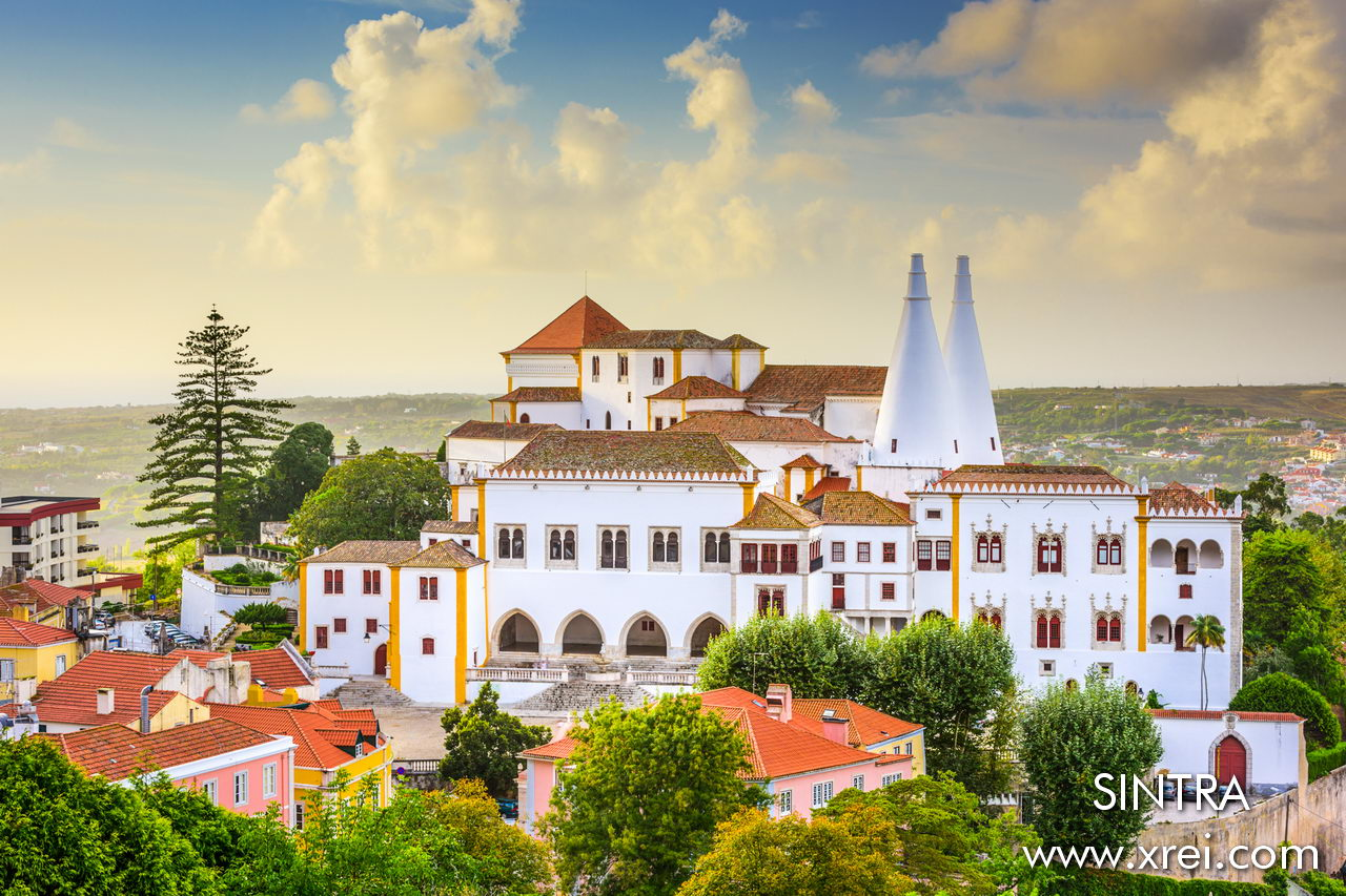 Sintra National Palace is an imposing structure that marks the center of the village. The palace was one of the palaces used for the Royal Family vacation. The National Palace of Sintra is also called Paço Real or Palácio da Vila