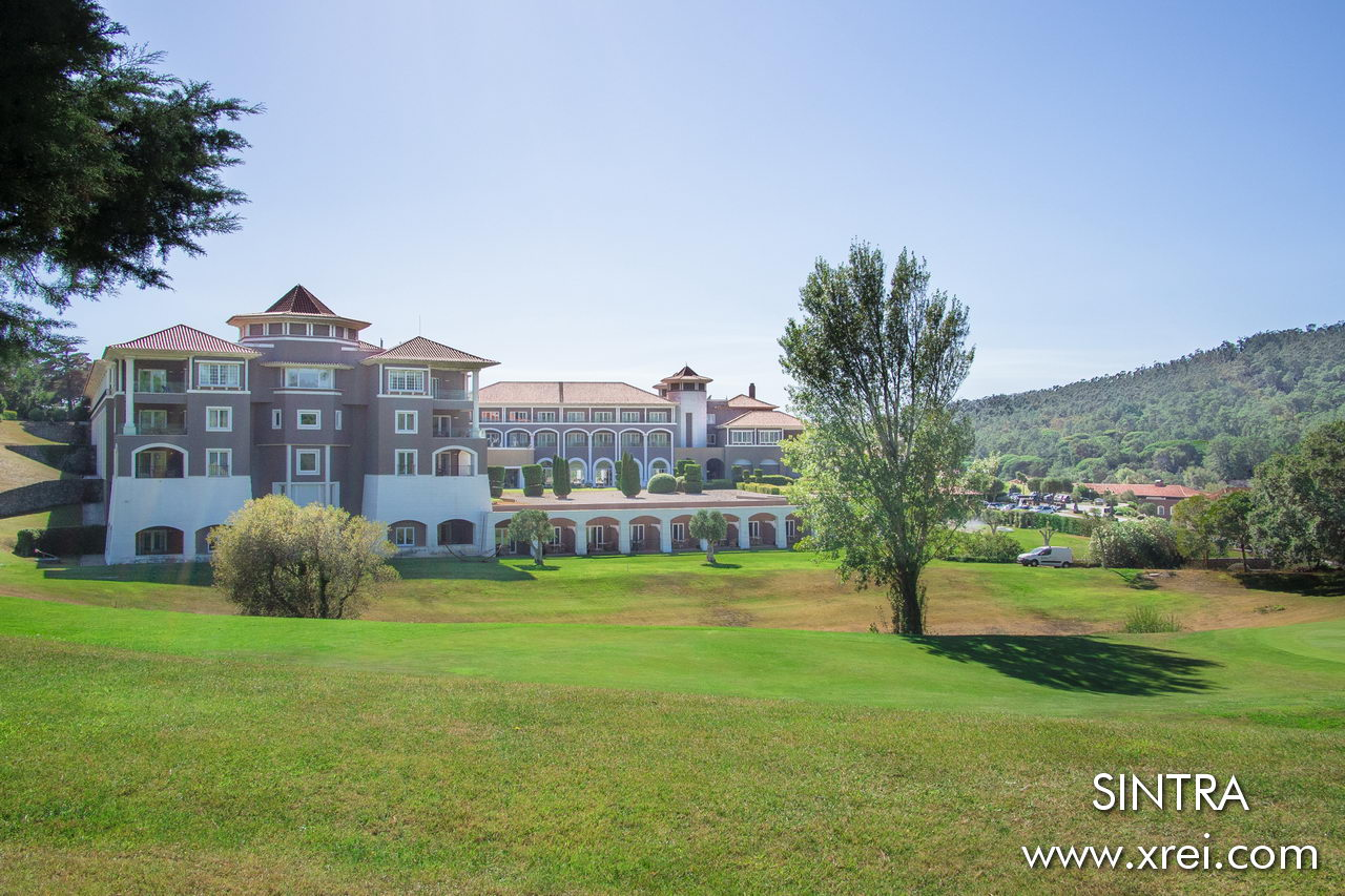 Penha Longa Hotel & Golf Resort is a luxury hotel located in the middle of the golf course, with a natural environment located between Sintra and Cascais, it has one of the most notable golf courses in Portugal, integrating the list of the thirty best golf courses in Portugal Europe