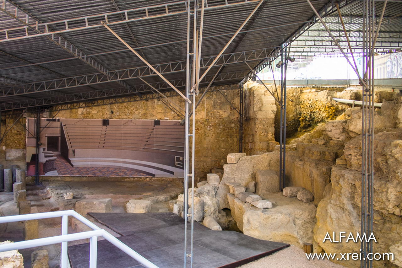 Ruins of the Roman Theater discovered in Alfama