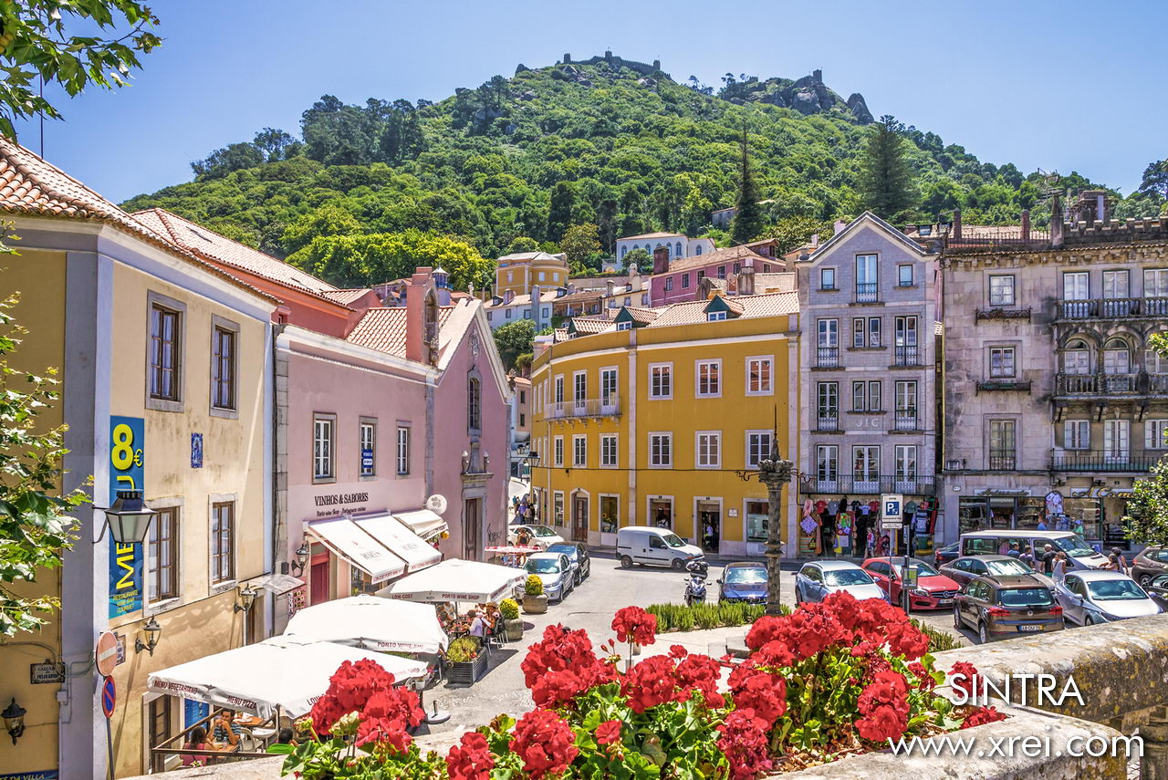 The environment of Sintra is an environment of romance, history, glamor, a journey into the past with the comfort of the present